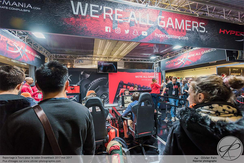 Events__0003_HyperX_booth_02