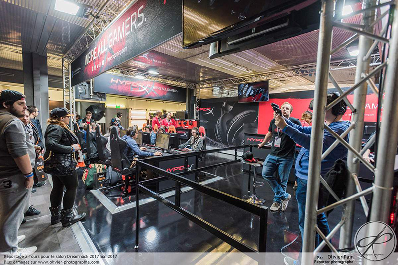 Events__0004_HyperX_booth_03