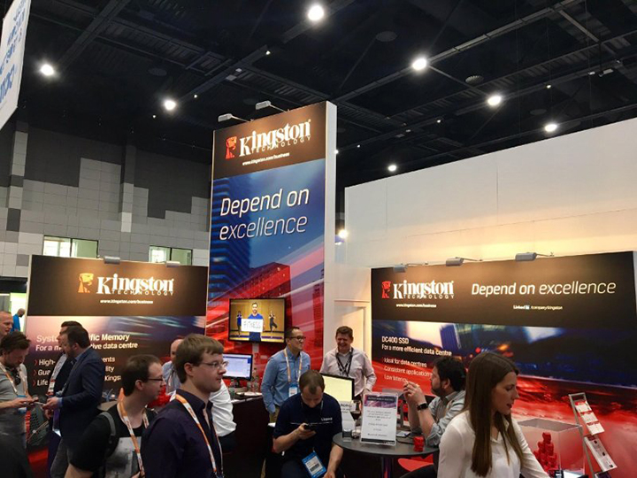 Kingston_booth_02