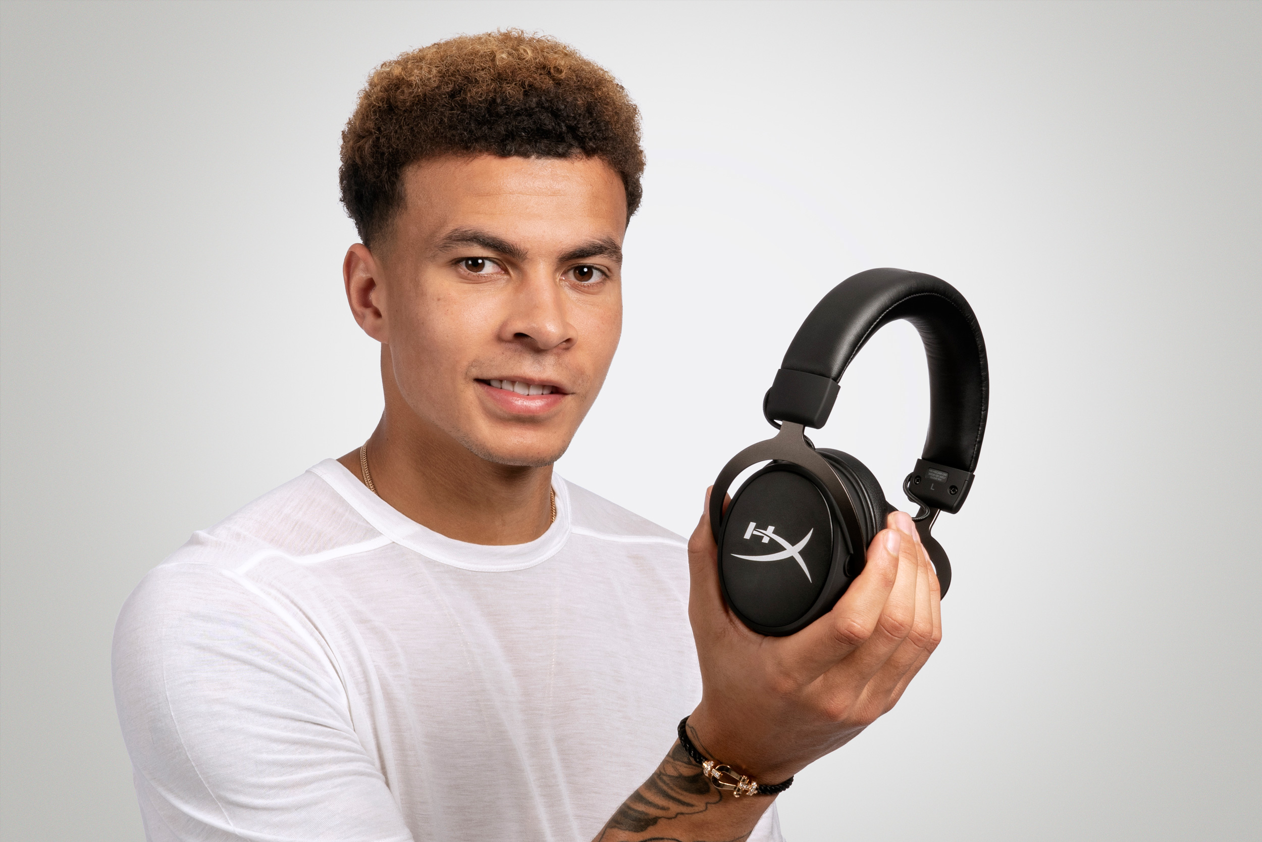 DSC5411_Dele_Alli_HyperX_Cloud_MIX_WF377178_1018